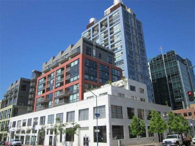 321  10th Ave  1408 Photo